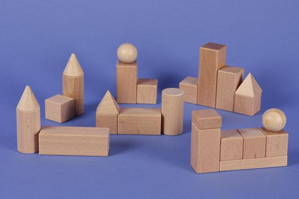 Holzbausteine für den Geometrie-Unterricht