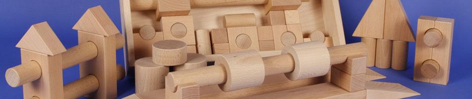 Holzbausteine und Bauklötze